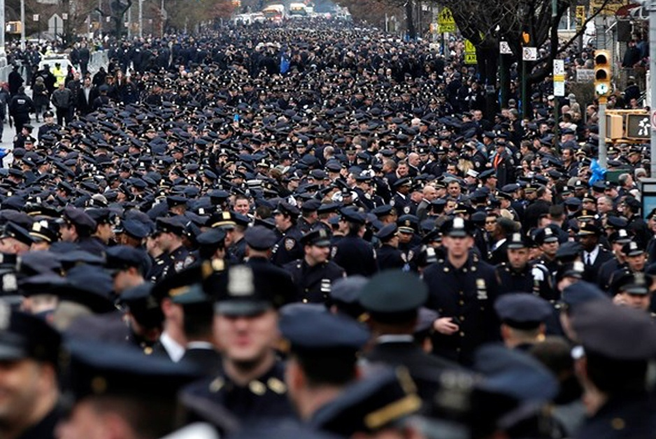 massive gathering of police officers